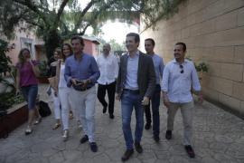 Casado asegura en Palma que el acercamiento de los presos es el pago a la moción de censura