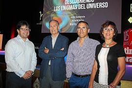 premio nobel fisica en auditorium