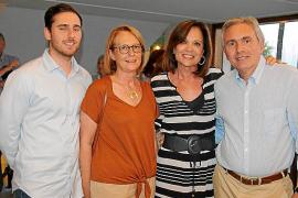 José Vicens, Marilena Colom, Elena Medina y José María Vicens.