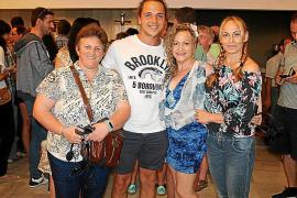 María, Iván, Marisol y Pepi Marqués.