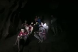 Así han sobrevivido nueve días los niños atrapados en una cueva de Tailandia