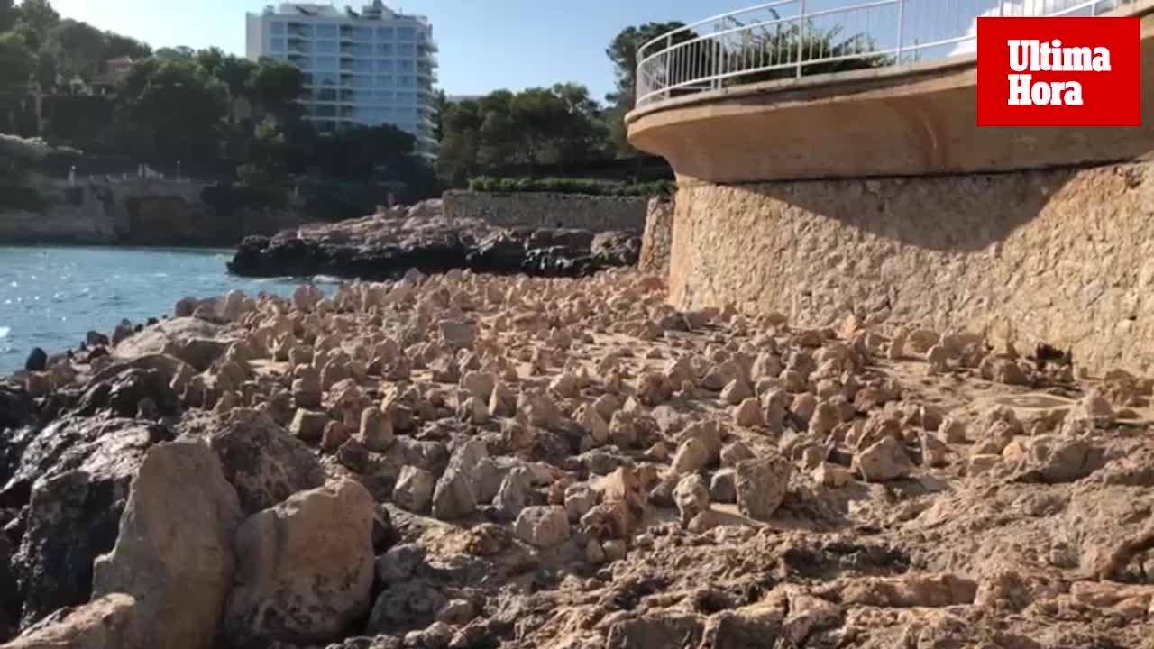 Un particular empiedra un sector de la costa de Portals para impedir el acceso a bañistas