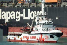 El Open Arms ya está en el puerto de Barcelona