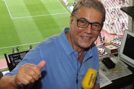 Joaquim Maria Puyal deja la radio tras 50 años narrando partidos del Barça
