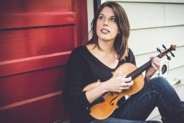 Bella Hardy lleva el resurgimiento del folk británico al Castell de Bellver