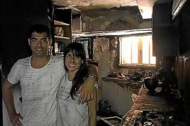 Un incendio destruye la casa del chef Andreu Genestra