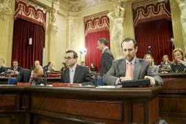 Aguiló dice que Balears iba por el camino de Grecia y el PSIB le pide que no atemorice más