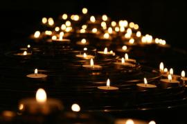 El suicidio ritual de 11 miembros de una familia que mantiene en vilo a todo un país