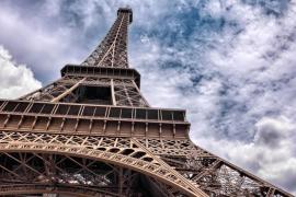 La basura espacial equivale a toda la estructura de metal de la Torre Eiffel