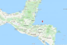Fallece un turista durante su luna de miel tras chocar contra su mujer en una tirolina