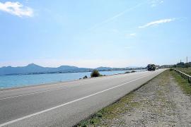 El Consell de Mallorca instalará barreras de madera en el carril bici de Alcúdia al Port de Pollença