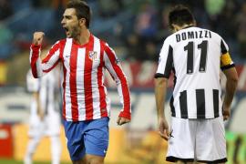 Adrián devuelve a un buen Atlético al liderato
