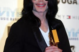 Michael Jackson fue castrado químicamente por su padre para que conservara la voz
