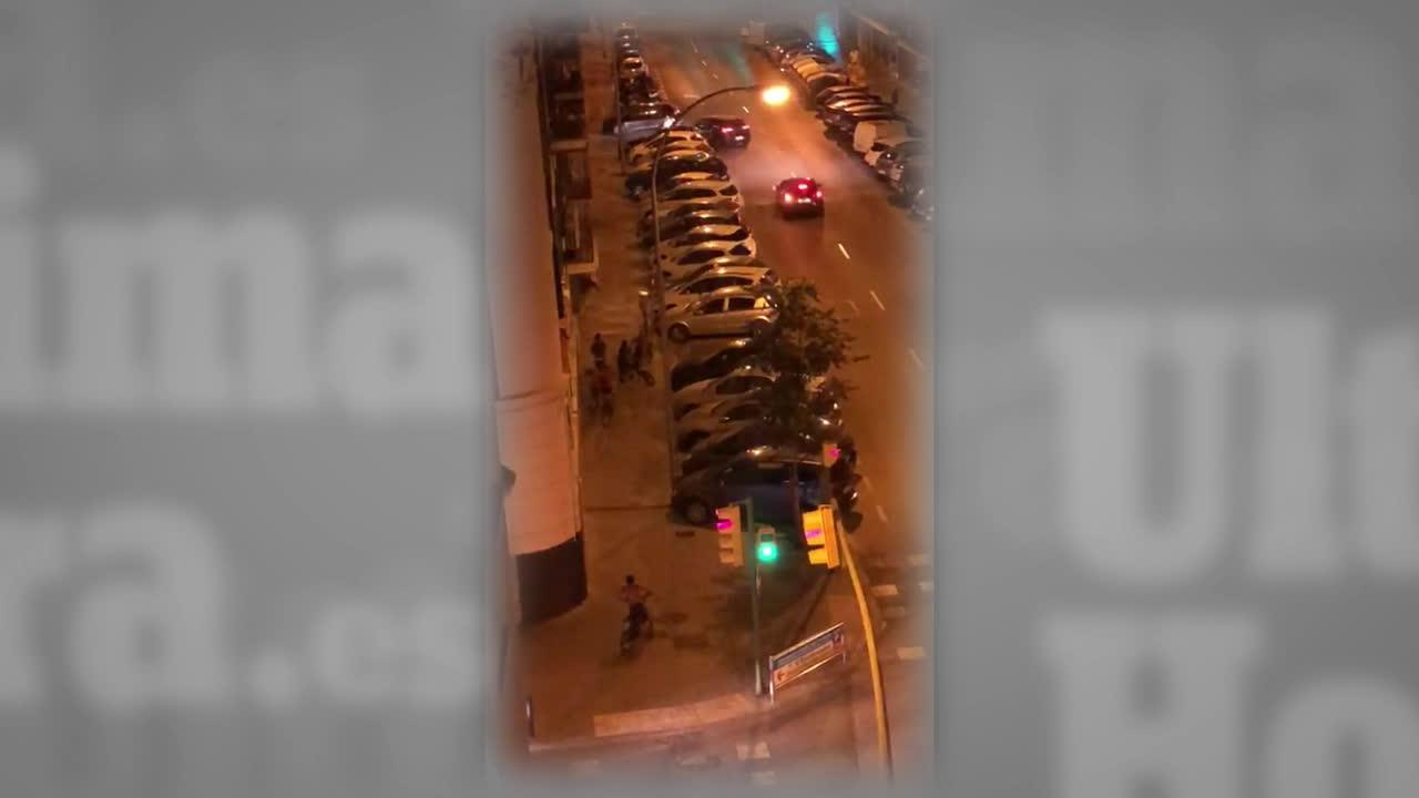 Grabado un grupo de jóvenes intentando robar una bicicleta en Palma