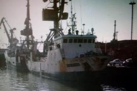 Un muerto y un desaparecido tras el naufragio de un pesquero español en Argentina