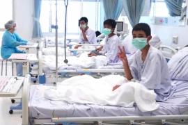Las primeras imágenes de los niños tailandeses tras ser rescatados