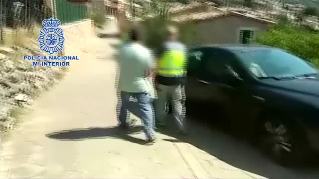 Detenido en Mallorca un 'chamán' que drogaba y abusaba de sus adeptas