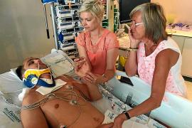 Un turista británico queda paralítico tras lanzarse a una piscina en Cala d'Or
