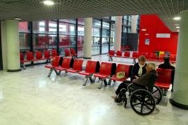 Conflicto lingüístico entre una paciente y una enfermera de Son Espases: «Me lo dices en español, estamos en España»