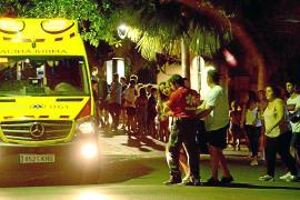 Quince heridos y 350 desalojados por gas pimienta en una discoteca de Andratx