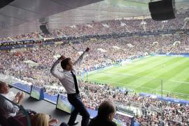 La foto de Macron celebrando el triunfo de Francia que está dando la vuelta al mundo