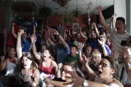 Aficionados franceses celebran en Palma el Mundial conseguido por su selección