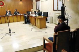 Acepta dos años de cárcel por apuñalar a un hombre en el Paseo Marítimo