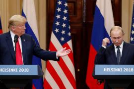 La detención de una agente rusa le estalla a Trump en plena cumbre con Putin