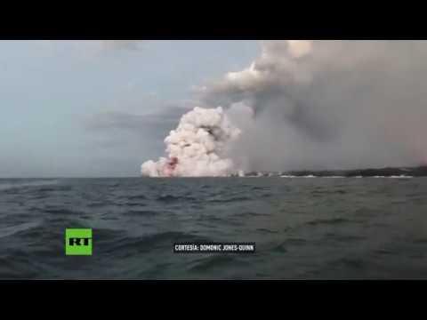 Una explosión de lava hiere a 23 personas en un barco turístico en Hawái