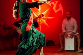 El flamenco se apodera de la noche en s'Embat