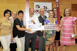 Ceremonia de graduación de la Escuela Universitaria ADEMA