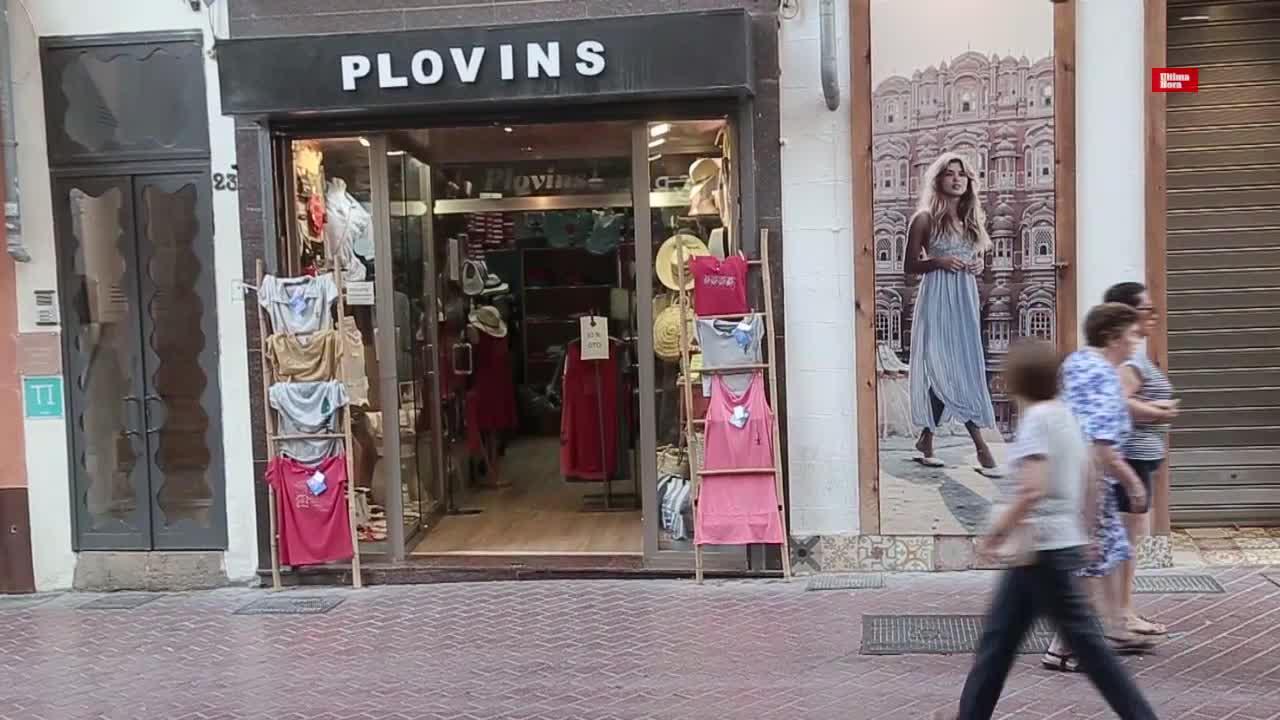 Mercería Plovins: «Solo con los productos de mercería no da ni para pagar un sueldo»