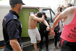 Clanes gitanos obligaron al acusado del crimen a sacar del poblado al cineasta