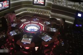 Detenido el gerente de un salón de juegos por 'piratear' las máquinas del local
