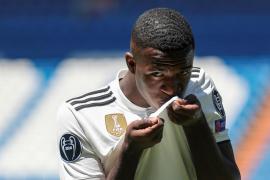 El Real Madrid presenta a Vinicius Júnior