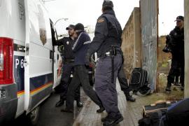 Los detenidos por ocupar el edificio en ruinas de Eusebio Estada quedan en libertad