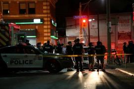 Al menos un muerto y doce heridos por un tiroteo en Toronto