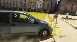 Citan a declarar al conductor que embistió las cruces por los políticos presos en Vic