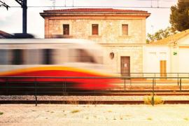 El tren nocturno Palma-Inca registra 2.656 usuarios en sus primeras semanas