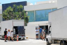 Netflix encara la última semana del rodaje de 'Turn up Charlie' en Mallorca