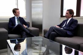 Casado y Aznar hablan de Cataluña y los «retos y desafíos» que afronta España
