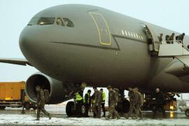 Vuelo turístico en avión militar
