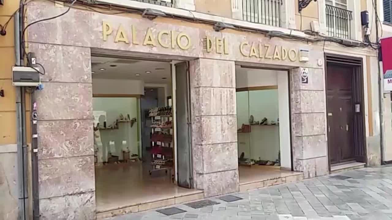Palacio del Calzado: «Tenemos fama de ser una zapatería donde se vende calzado cómodo»