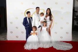 Pasarela del deporte en la fiesta post boda de Cesc Fábregas y Daniella Semaan