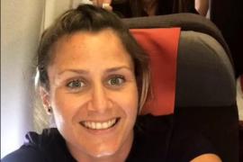 ¿Por qué las chicas del FC Barcelona viajan en turista y los chicos en business?