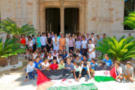 El Govern balear recibe a los niños saharauis