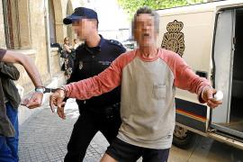 Acusan de intento de homicidio a los agresores de un policía en sa Indioteria