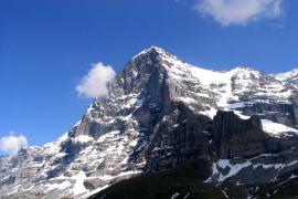 La Guardia Civil de Baleares coordina un rescate en los Alpes suizos