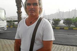 El mallorquín atrapado en Cabo Verde: «Vivo de lo que me pasan mis padres»