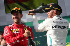 Hamilton refuerza su liderato